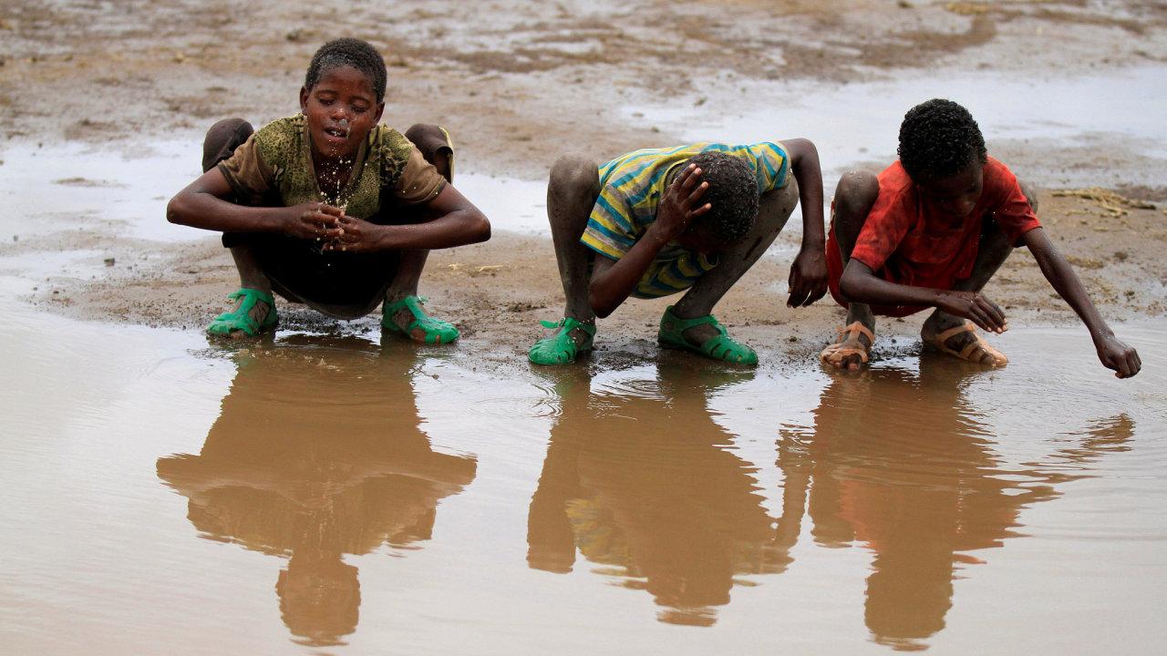 Aby se etiopské děti vymanily z chudoby, je klíčový přístup k bezpečné vodě. Ten má ale v zemi jen 40 procent obyvatelstva.