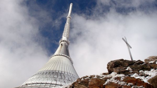 Vysílač na Ještědu v Libereckém kraji