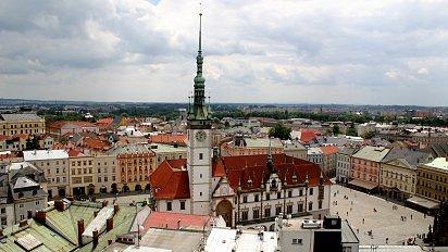 Byty zdražují rychlejším tempem mimo Prahu. Levné hypotéky učarovaly hlavně investorům