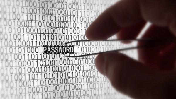 """Jedn�m z hesel zabezpe�ovac� firmy byl i """"passw0rd"""" - Ilustra�n� foto."""