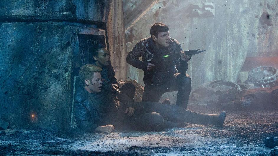 Vztah mezi Kirkem a Spockem je ve Star Treku naplněný vděčnými klinči povah