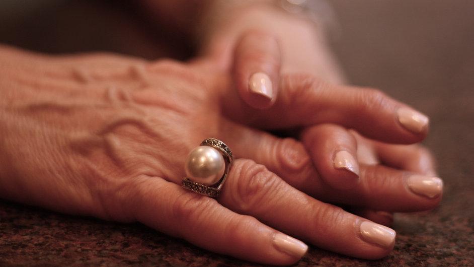 Parkinsonova choroba se vyskytuje převážně u lidí nad padesát let. - Ilustrační foto.