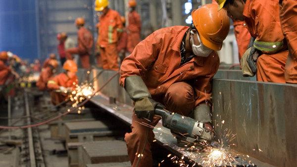 Čína očekává, že v sektoru uhlí a oceli propustí 1,8 milionu lidí - Ilustrační foto.
