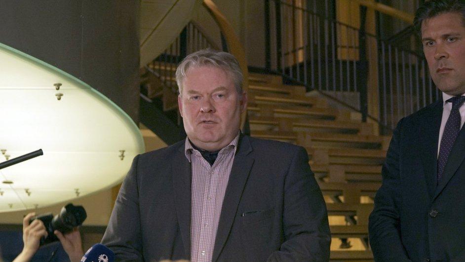 Novým islandským premiérem se stal ministr rybolovu a zemědělství Sigurdur Ingi Jóhansson.