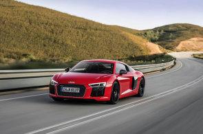 Extr�mn� Audi R8 V10 Plus je tov�rna na adrenalin