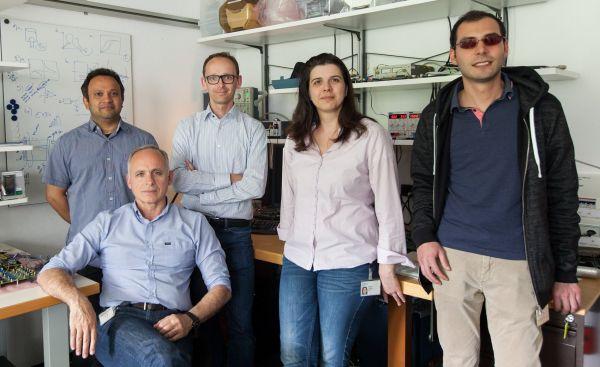 Team pracující na novém výzkumu IBM