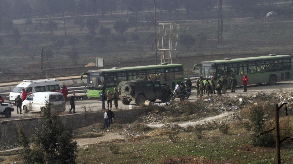 Aleppo Sýrie evakuace