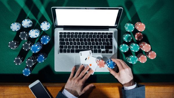 První zahraniční poskytoval on-line hazardu zaplatí pokutu deset milionů korun - Ilustrační foto.
