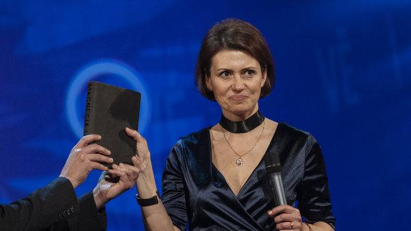 Bianca Bellová již za román Jezero před pár týdny získala cenu Magnesia Litera.