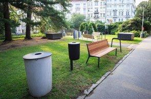 Přijďte si posedět: Praha chystá nové lavičky nebo stojany na kola