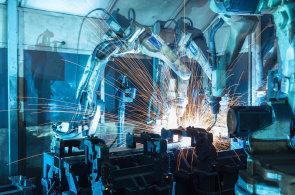 U aut, robotů či ledniček si lidé budou moci předplácet funkce. Z jejich výrobců se stanou těžaři dat