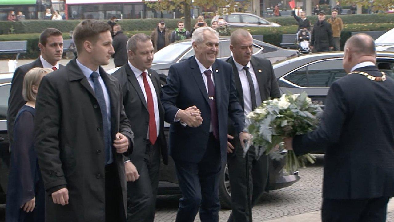 Zeman v Olomouci: Politické slepice teď mají za sebou druhé kolečko