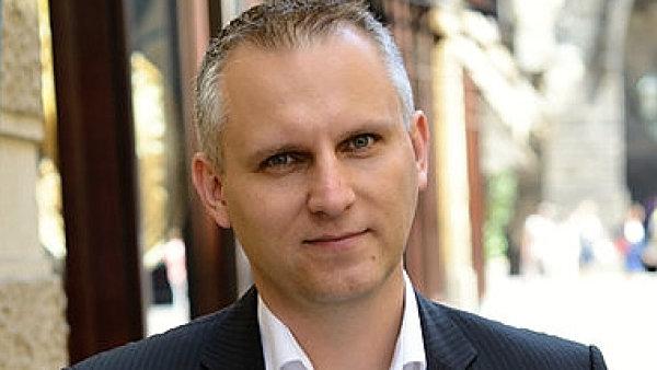 Josef Šimána, obchodní ředitel společnosti HECHT MOTORS