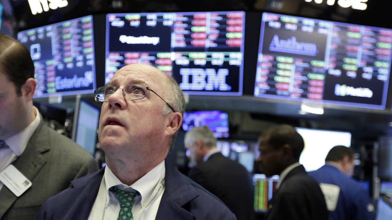 Pokles akcií nastal mj. v Apple nebo Goldman Sachs - Ilustrační foto.