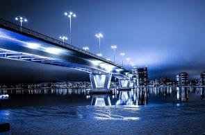 Společnost Philips Lighting představila novou IoT platformu Interact pro propojení osvětlení, ilustrace