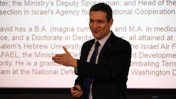 Ředitel odboru inovací a technologií izraelského ministerstva zahraničí Andy David.