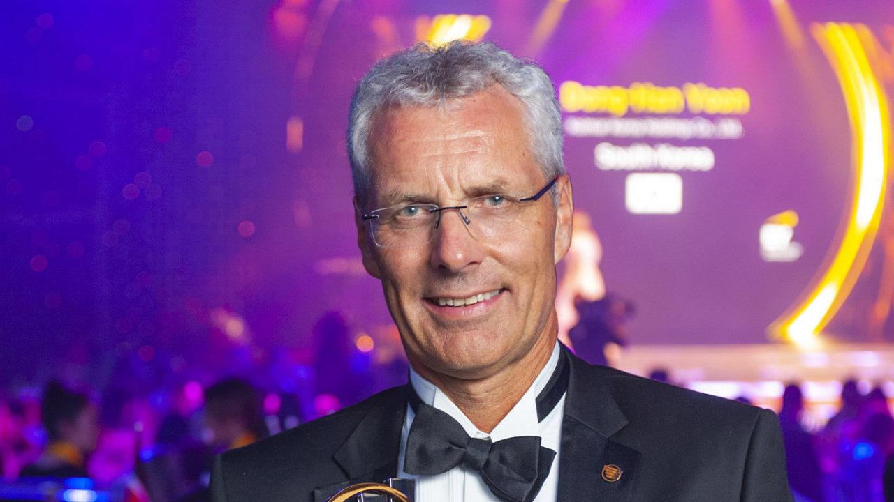 Per Grieg je předseda představenstva a zakladatel společnosti Grieg Seafood, která provozuje lososí farmy.