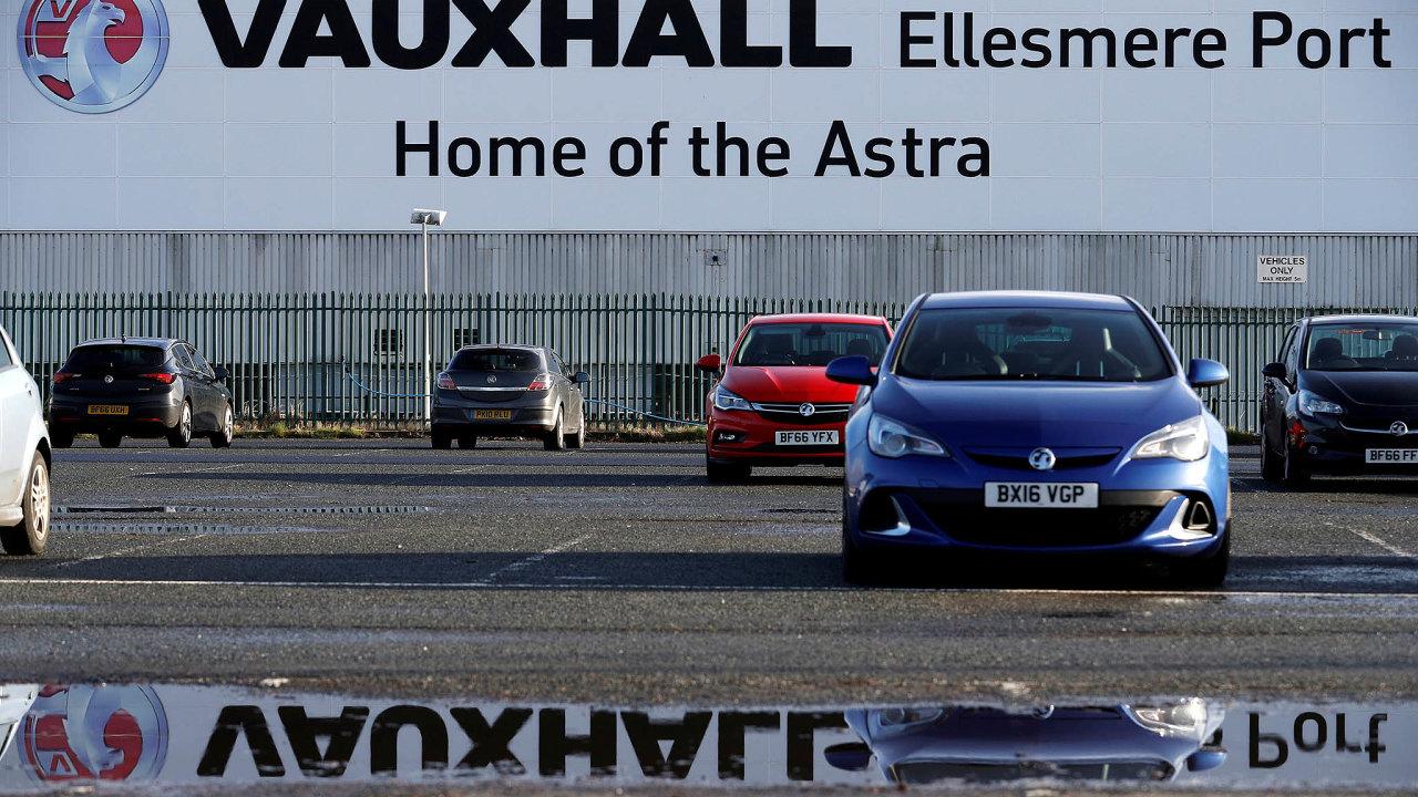 Továrna v britském Ellesmere Port vyrábí modely Astra, společnost PSA ji získala vroce 2017 vrámci převzetí značek Opel aVauxhall odamerické automobilky General Motors.