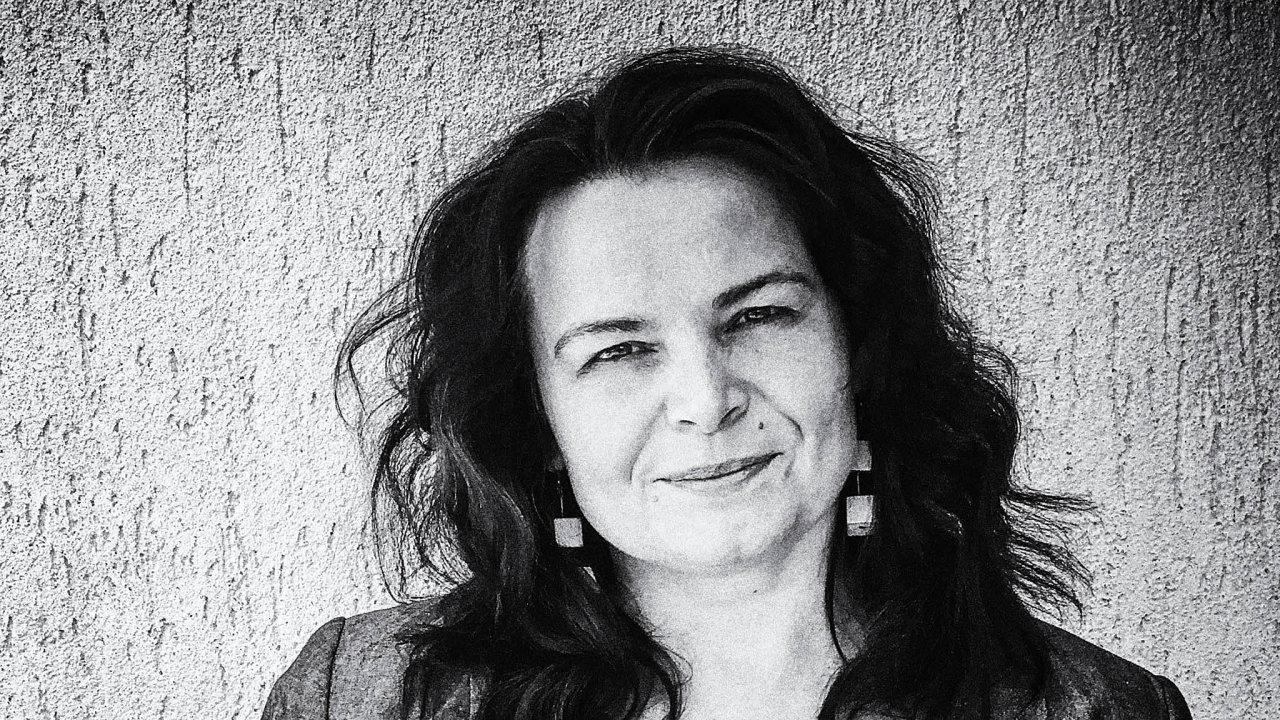 Zdenka Křikavová