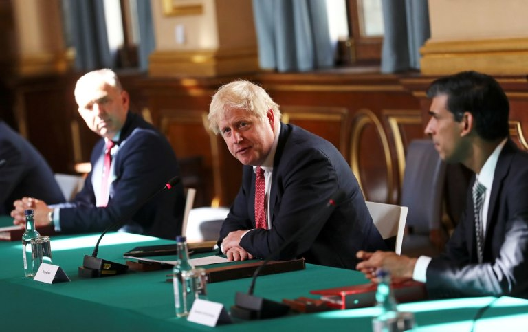 Boris Johnson, britská vláda