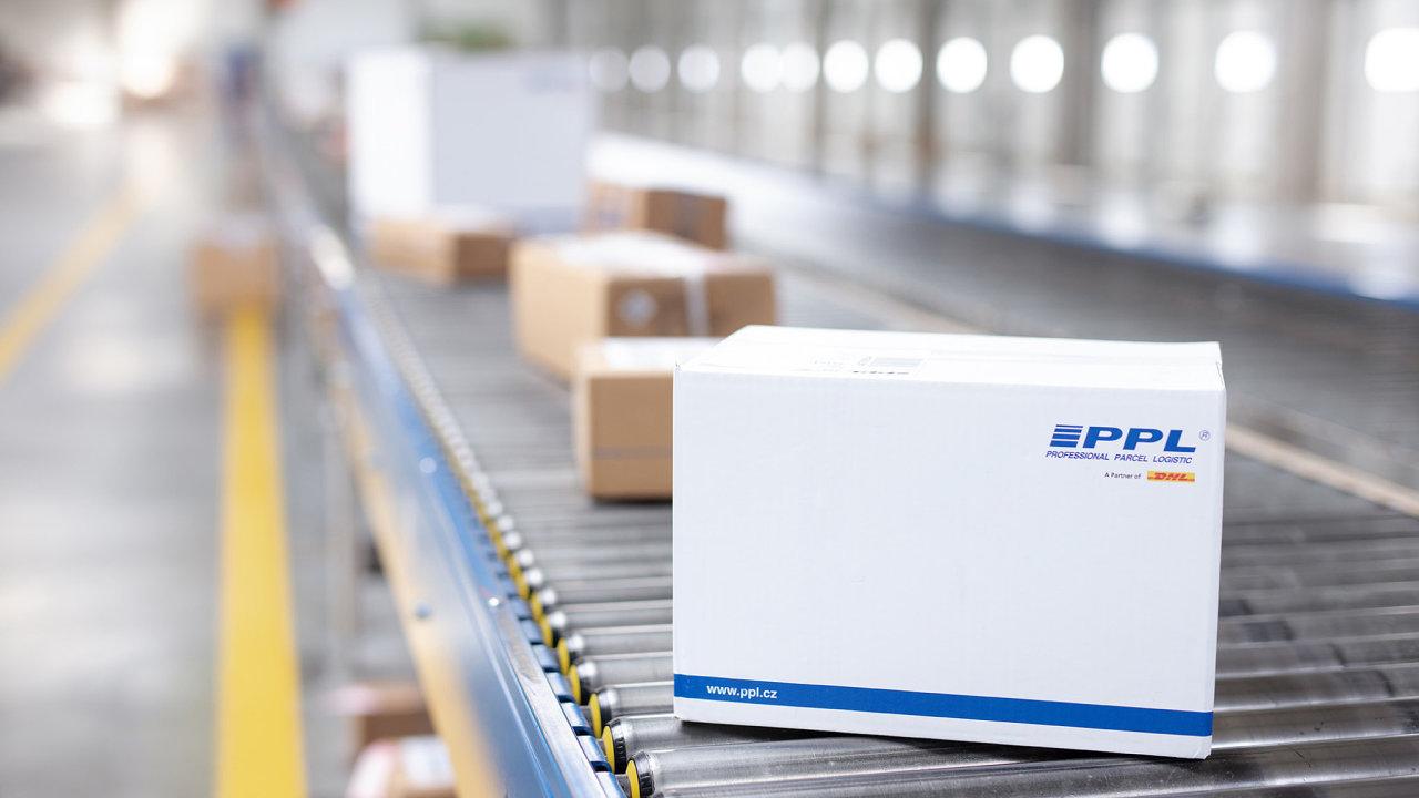 Nejvytíženější dny očekává balíková firma ve čtvrtek 17. a v pátek 18. prosince (ilustrační snímek).