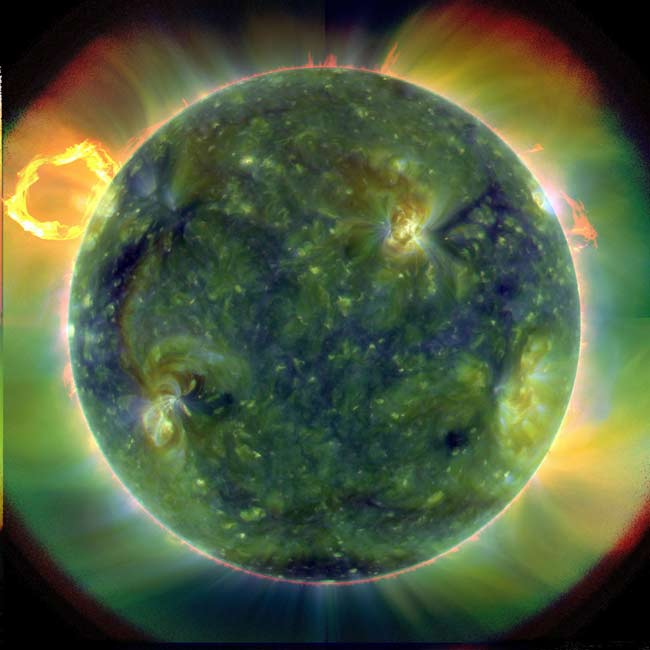 snímek Slunce pořízená sondou SDO
