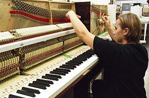Výroba klavíru Petrof