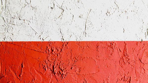 Polský mladík si díky podvodu se zubními pastami přišel až na 20 milionů korun (ilustrační foto).
