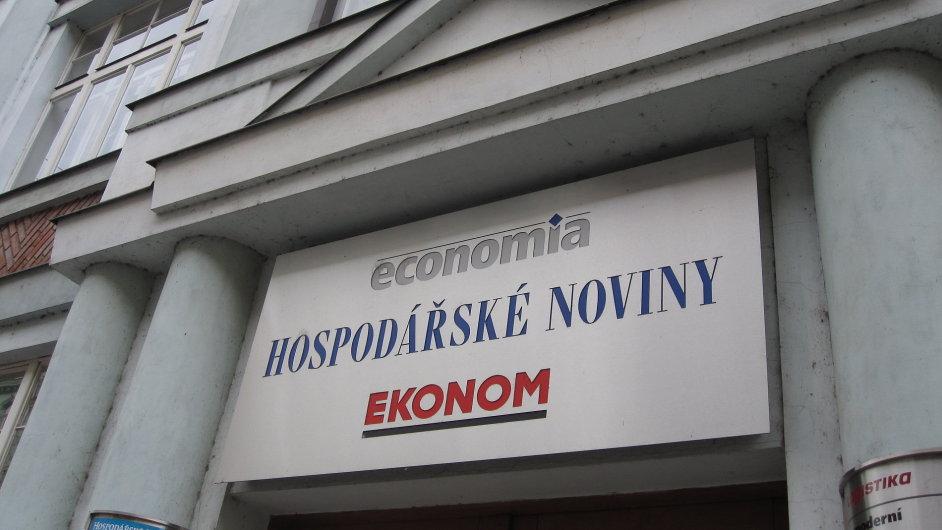 Budova, kam se chce přemístit radnice Prahy 7.