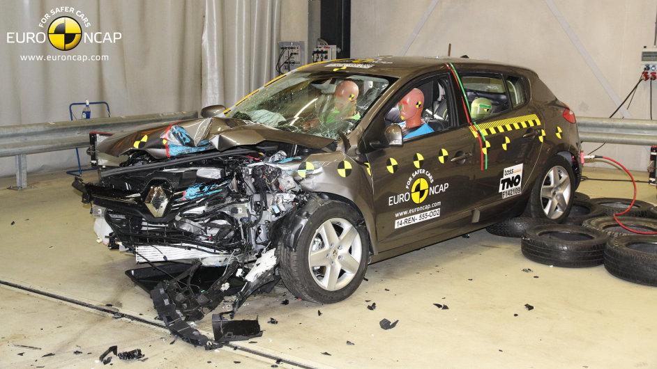 Renault Mégane po čelním nárazu