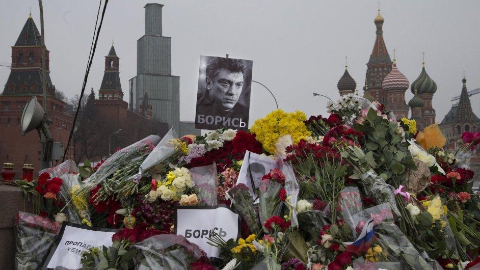 V Moskvě byl zavražděn opozičník Boris Němcov