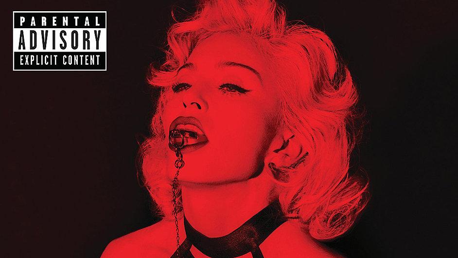 V deluxe verzi se Madonnino album Rebel Heart prodává s červeným obalem.