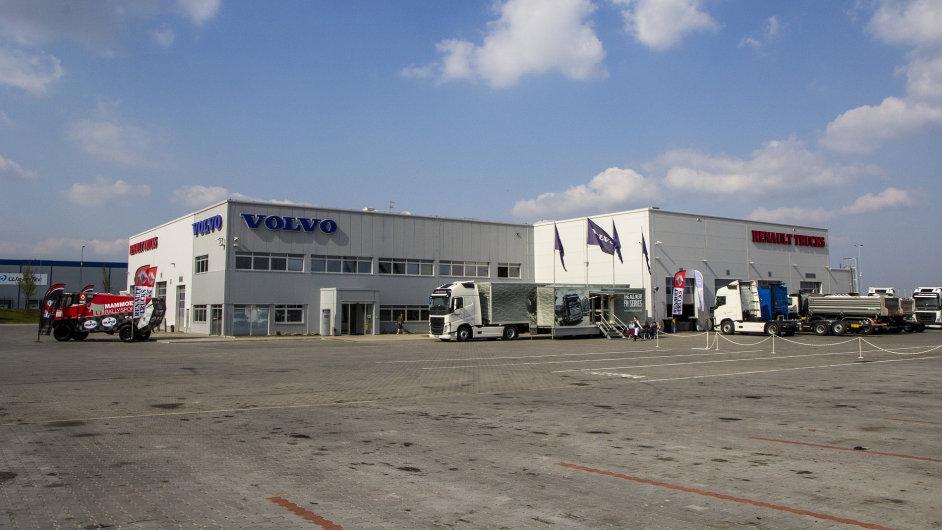 V Nýřanech bylo otevřeno zrekonstruované servisní centrum pro nákladní vozy Volvo a Renault