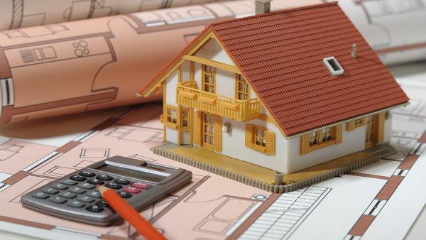 Dostupnost bydlení se nezlepšuje, i když ceny hypoték klesají.