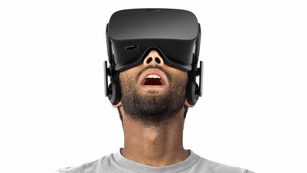 Virtuální helma Oculus Rift.