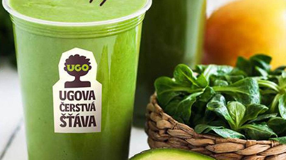 Ugova salaterie v pražském Karlíně nabízí lehké občerstvení pro teplé letní dny.