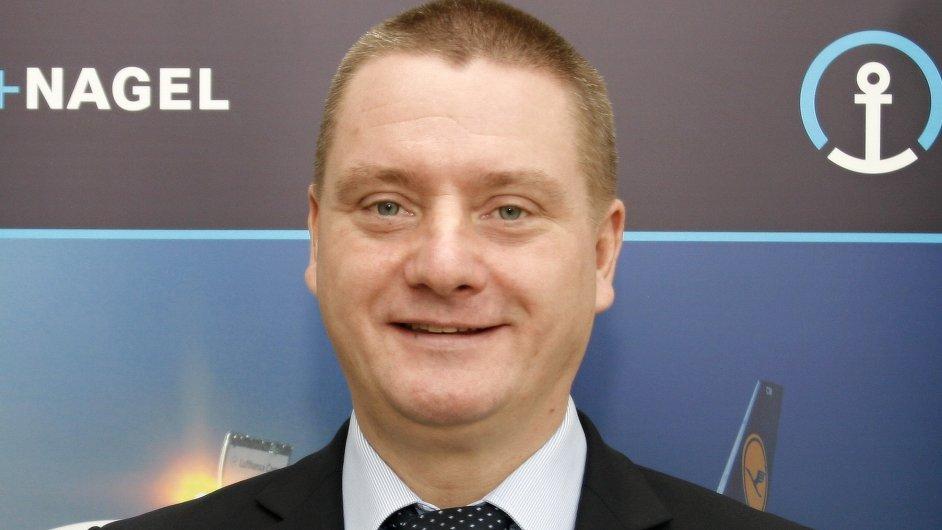 Viktor Osten, vedoucí divize leteckých nákladních přeprav Kühne + Nagel Česká republika
