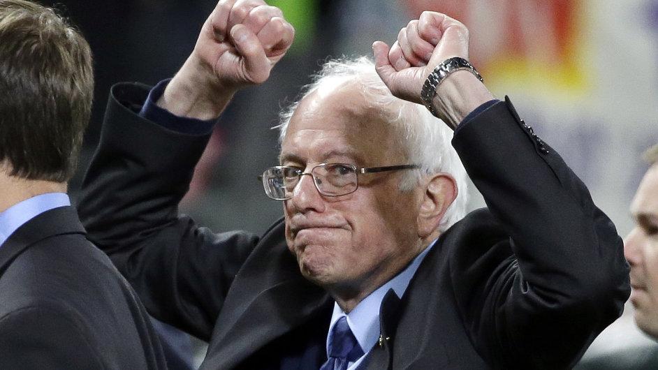 Demokratický kandidát na prezidenta a senátor Bernie Sanders.