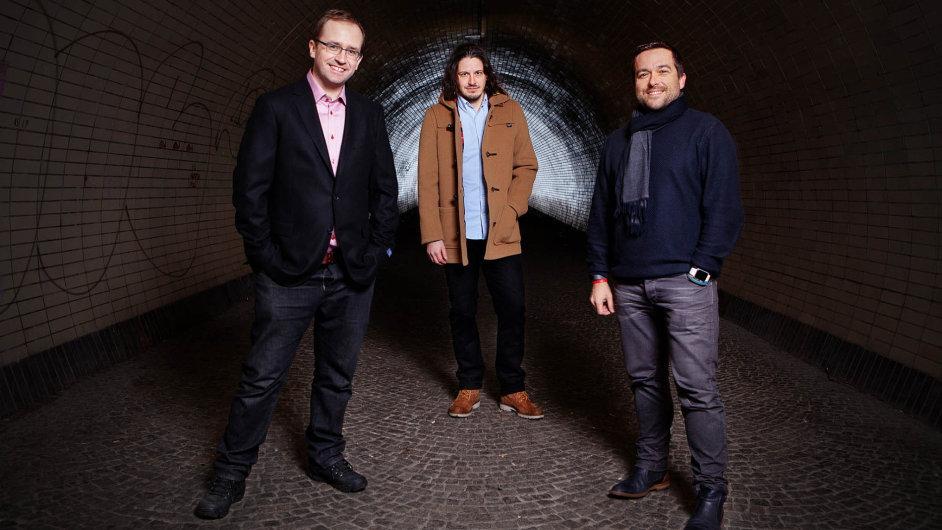 Dobrý start-up svého investora i kupce najde. Na snímku Jakub Nešetřil, Jan Moravec, Ondřej Bartoš, zakladatelé firmy Apiary, kterou minulý týden koupila společnost Oracle.