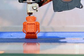 3D tisk nyní pomáhá vývojářům, jeho budoucnost je v tovární výrobě