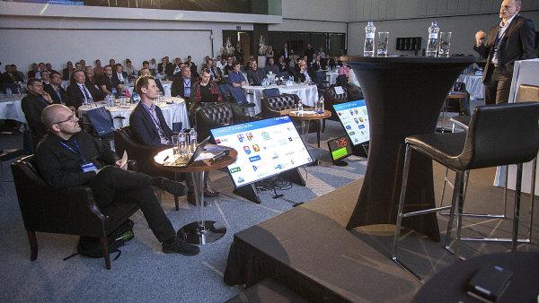 O2 chce chce nastartovat debatu o internetové bezpečnosti. Na místě to prozradil chief commercial officer firmy Jindřich Fremuth.