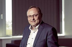 Revolucí v průmyslu je digitalizace, ne robotizace a automatizace, říká ředitel Siemensu pro Česko
