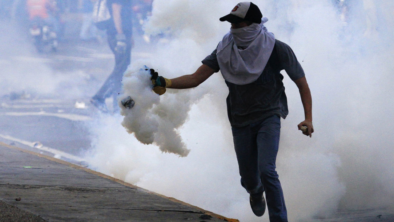 Demonstrace proti vládnímu režimu jsou ve Venezuele na denním pořádku.