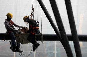 Českým zaměstnavatelům chybí zejména dělníci, potřebné jsou ale i uklízečky, zedníci či řidiči  - Ilustrační foto.