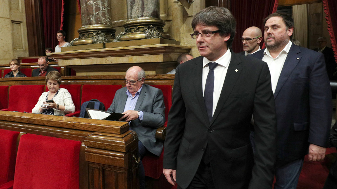 MAD173 SPAIN POLITICS CATALONIA 1010 11