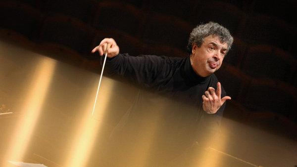 Semjon Byčkov se orientuje na hudbu pozdního romantismu.