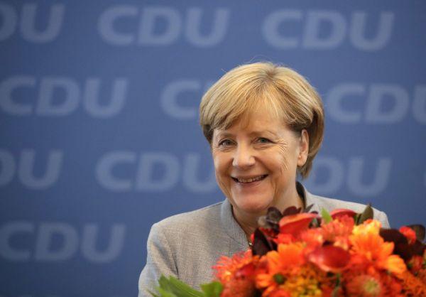 Merkelová vyhrála volby po čtvrté v řadě. Zařadila se tak po bok historických osobností německé politiky - Konrada Adenauera a Helmuta Kohla.