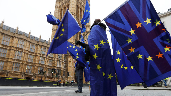 Velká Británie je pro Česko pátým největším obchodním partnerem za Německem, Slovenskem, Polskem a Francií.
