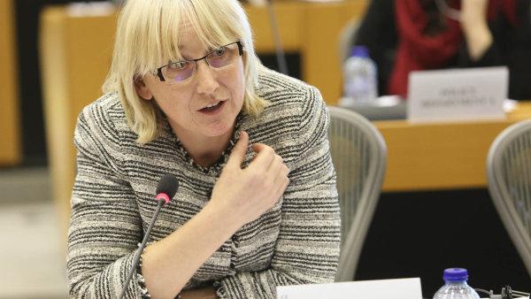 SrovnatZápad iVýchod: Europoslankyně Olga Sehnalová se dvojí kvalitou výrobků zabývá dlouhodobě.