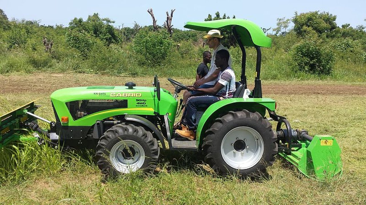 Už dříve našly v Ghaně uplatnění traktory českého výrobce Šálek, model Cabrio.